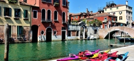 Kayaking in Venice with high tide: all you need to know