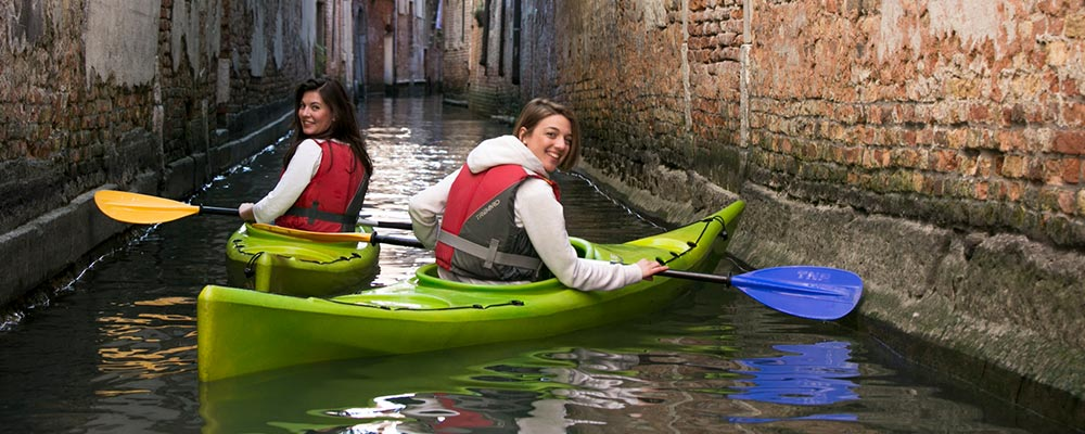 Best Things to do in Venice, Italy, This Winter – From Food to Kayak Tours